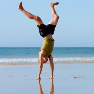 beach-handstand